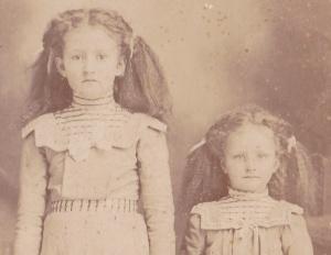 Bennett Bland sisters detail2