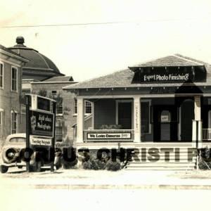McGregor Studio 1937 TX