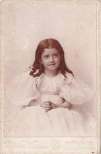 Portrait of Clark Howell's daughter, ca. 1895, Cabinet card portrait by Mrs. Linnie Condon; collection of E. Lee Eltzroth
