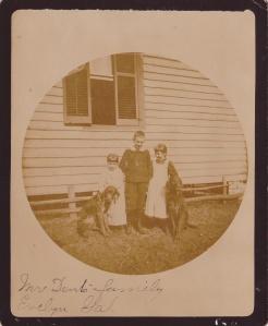 Kodak#2 Mr. Dent family EvelynGAc1892