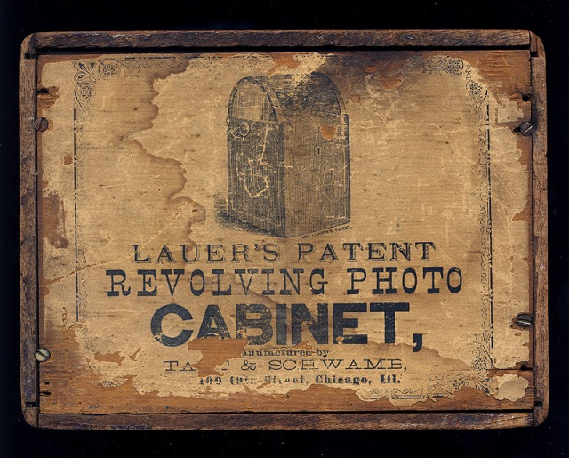 Label attached to the carte-de-visite viewer by Lauer, now known as his Revolving Photo Cabinet. Photo courtesy of stereographica.com