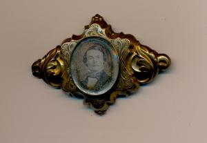 2b-tanner-brooch