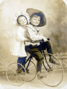 Bessie and Howard Brown, Jr. 1910